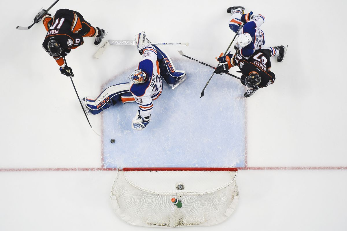 Corey Perry scores game-winner in double overtime