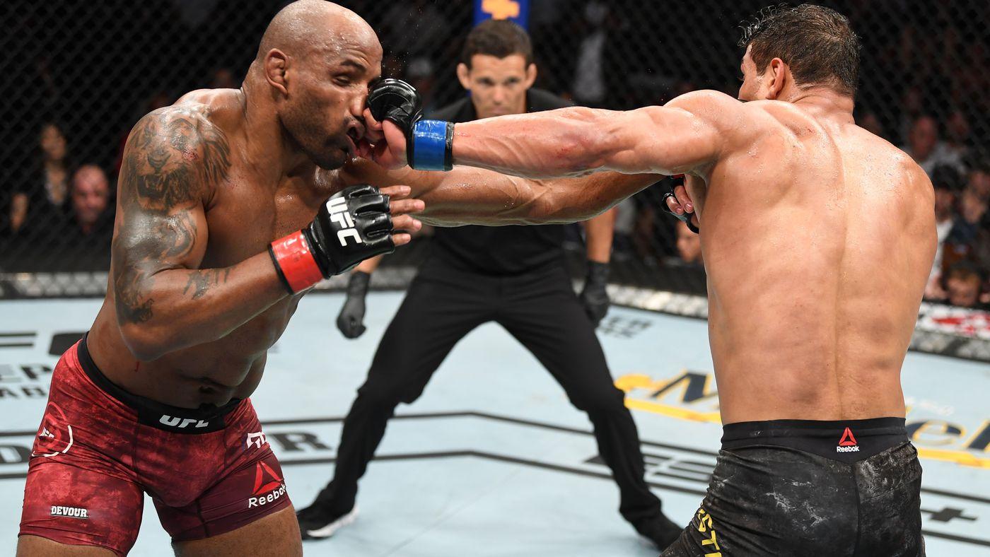 UFC 241 video: Paulo Costa and Yoel Romero engage in wild slugfest