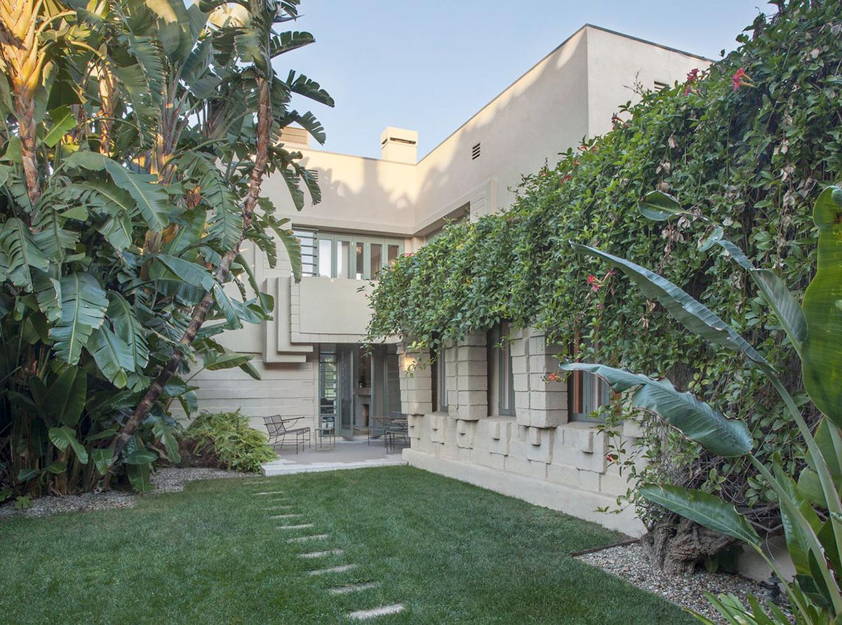 Lloyd Wright S Henry Bollman Residence On The Market For