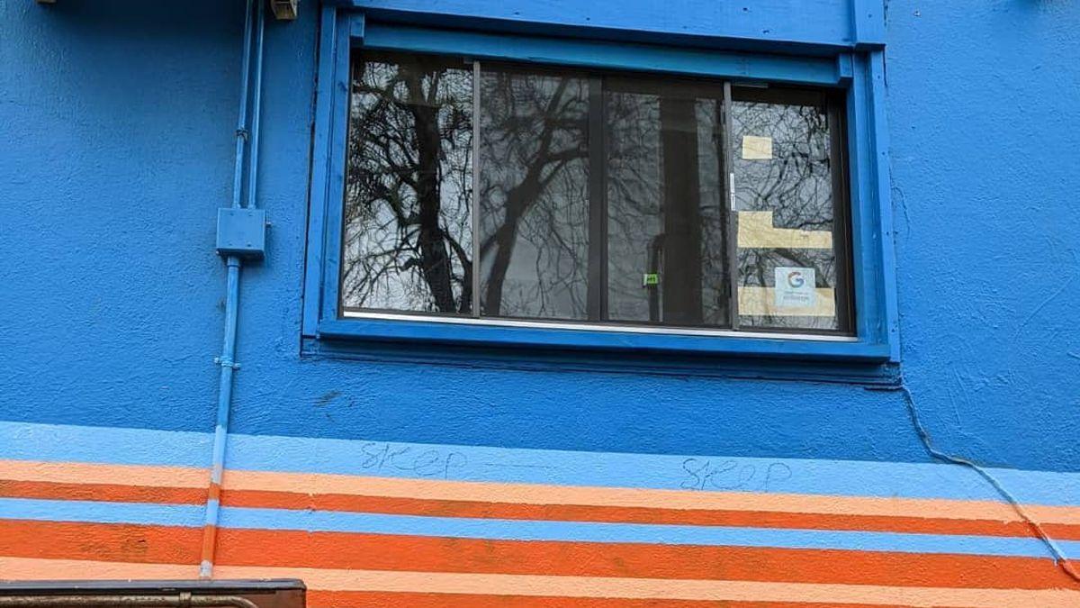 Vaquero Taquero's walkup window