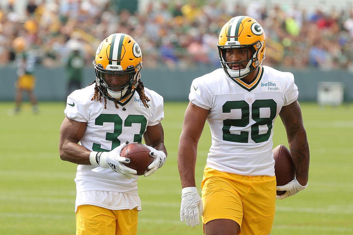 Aaron Jones injury news: Packers RB suffers hamstring injury - DraftKings  Nation