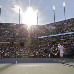 Andy Roddick walks onto the court during his match with Argentina's Juan Martin Del Potro in the quarterfinals during the 2012 US Open tennis tournament,  Wednesday, Sept. 5, 2012, in New York.