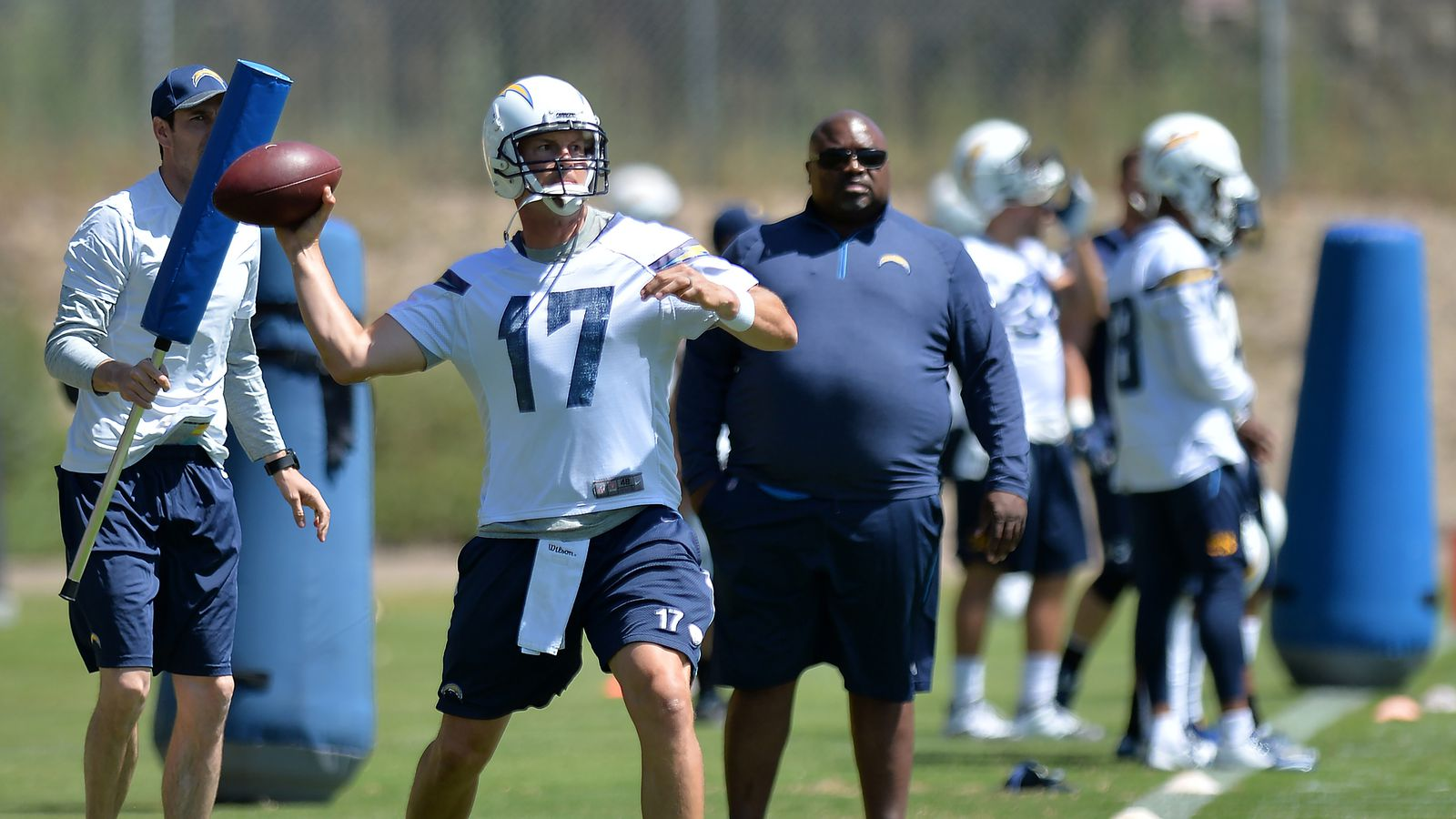 Los Angeles Chargers Daily Links Who Is Bolts Best Qb