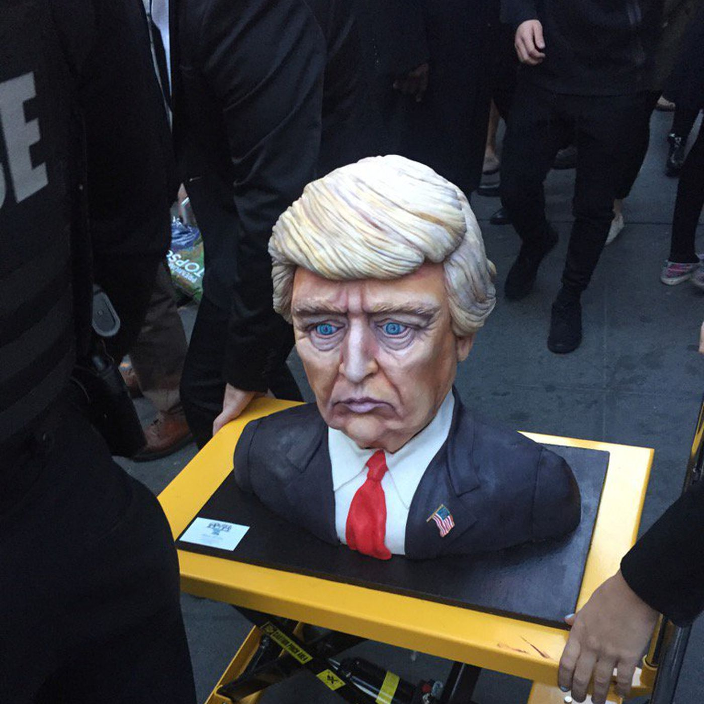 Sad Trump Cake Is The Perfect Meme To End His Campaign The Verge