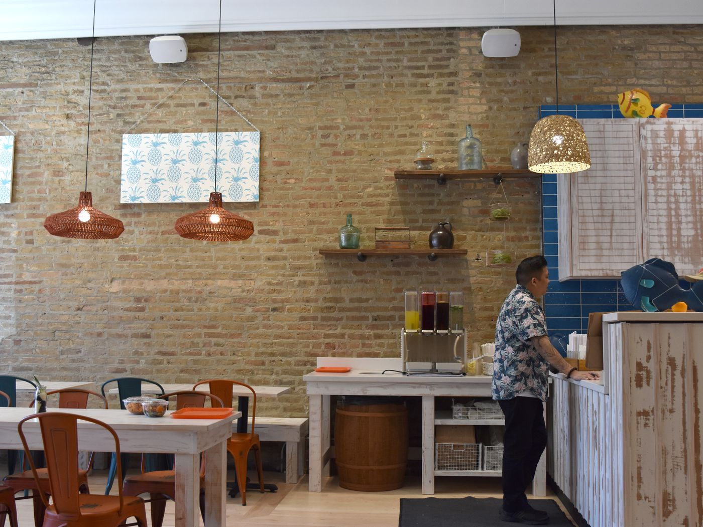 Firefin Wicker Park Opens To Bring Trendy Poke Milwaukee Avenue Eater Chicago