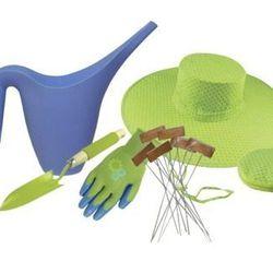 """<a href=""""http://www.target.com/p/Garden-5-Piece-Gift-Pack/-/A-13971944#?lnk=sc_qi_detailbutton"""">Target 5-piece garden set</a>, $26.59"""