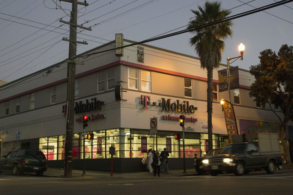 """Photo via <a href=""""http://missionlocal.org/2014/01/how-t-mobile-evaded-chain-store-law-for-four-years/"""">Mission Local</a>"""