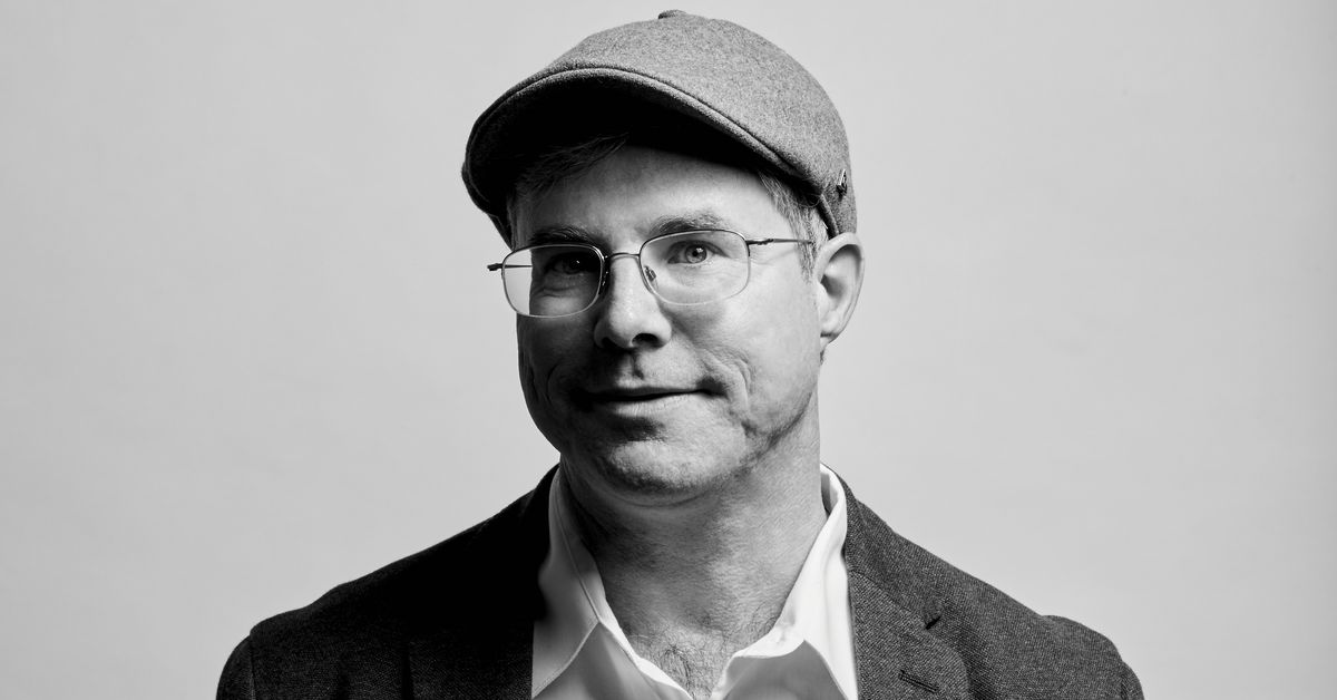 Andy Weir's 'The Martian' was a crowdfunding success story — but that model doesn't work for everyone, he says