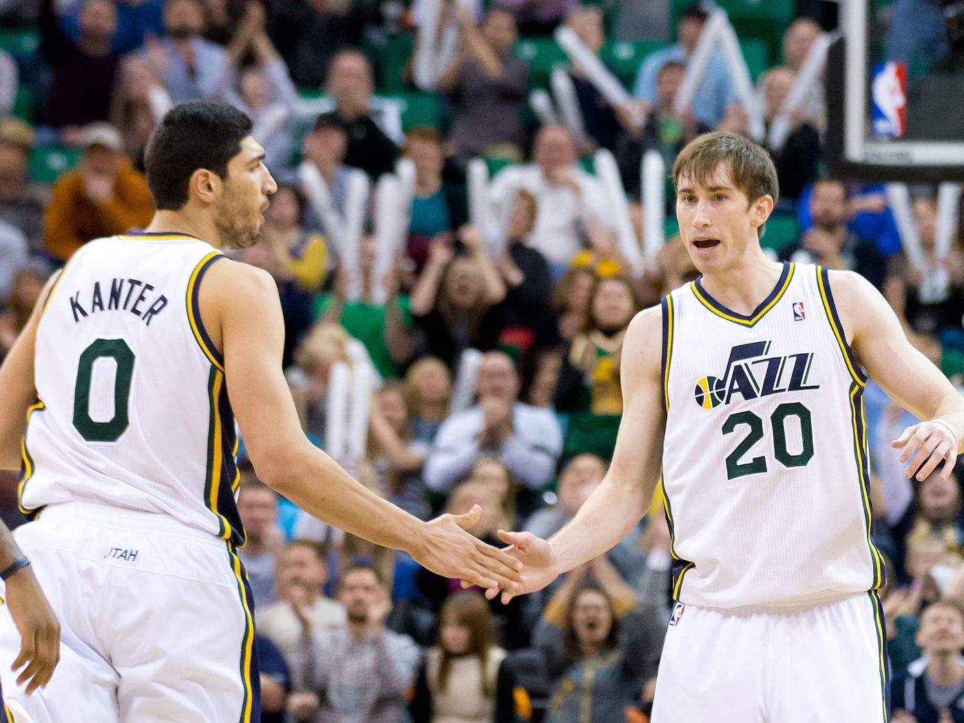 Utah Jazz Trade Rumors Gordon Hayward S Future With Jazz Should Be Top Priority Sbnation Com