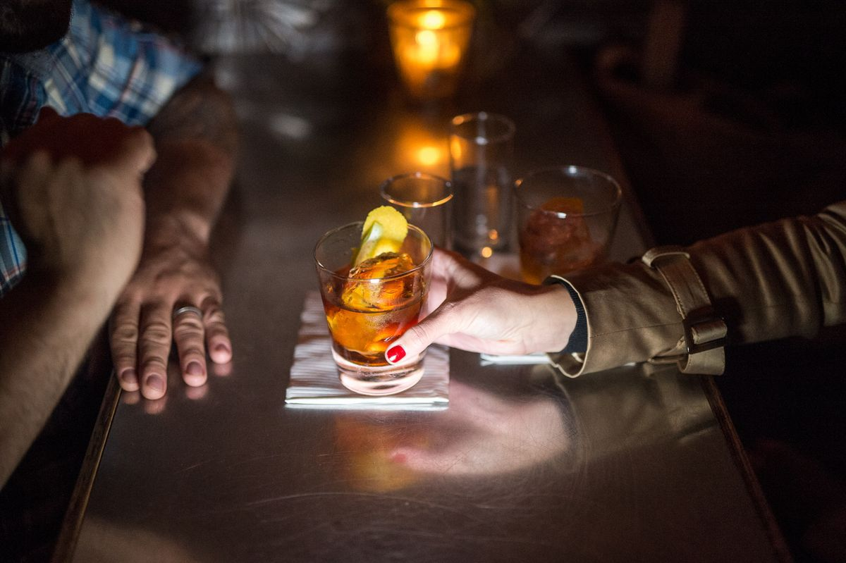 dating bars nyc