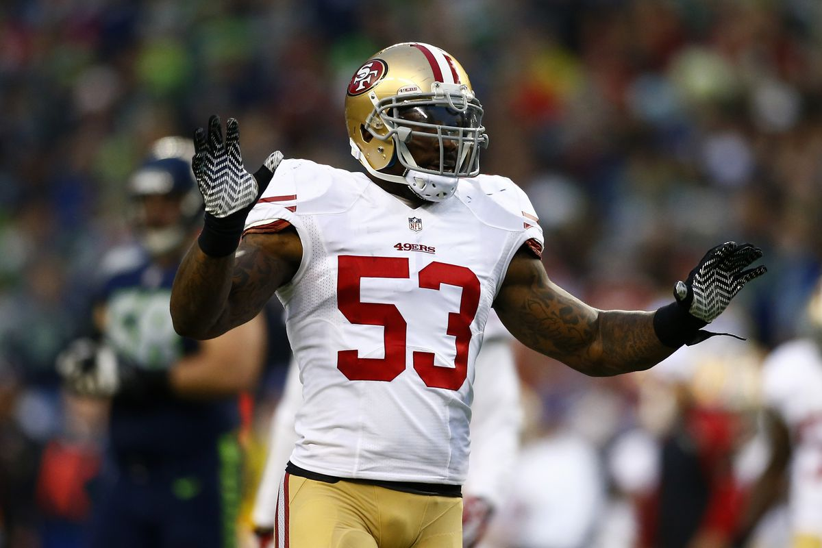 new products 9625a b0d20 NaVorro Bowman injures knee, holds onto the ball & still ...