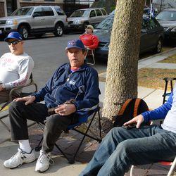 4:00 p.m. Ballhawks waiting on Waveland -