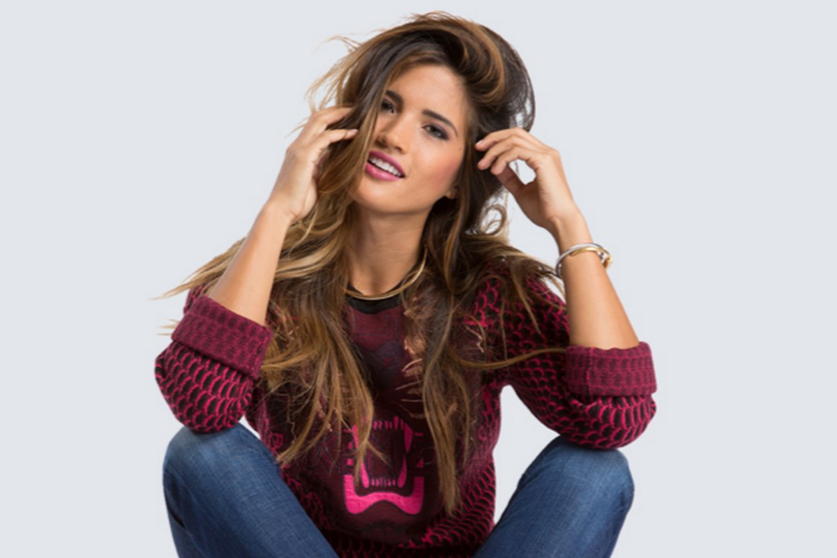 Model wearing Tradesy second-hand designer fashion