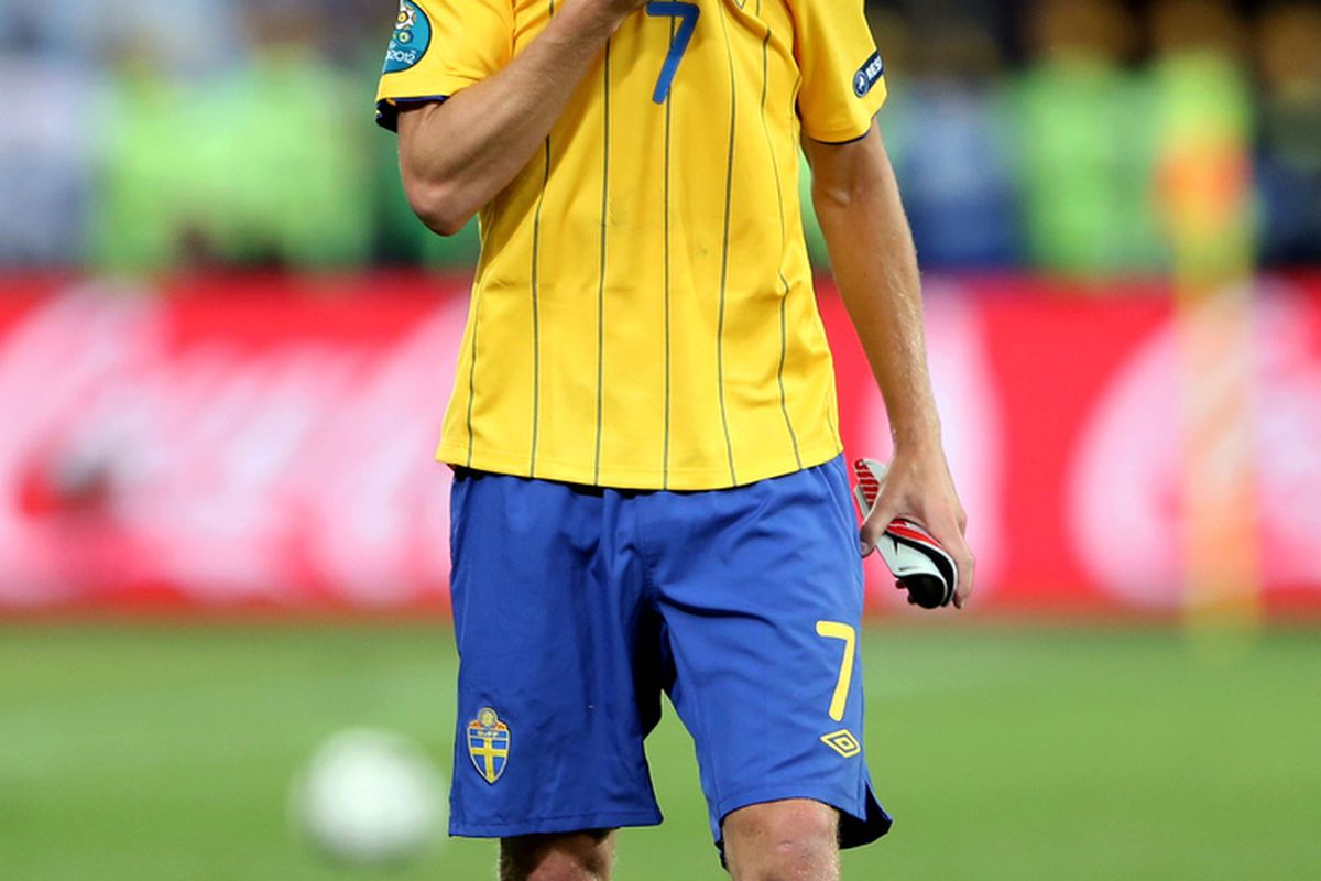 Seb Larsson was dejected after his hard work came to nothing in Sweden's 2-3 defeat to England last night.