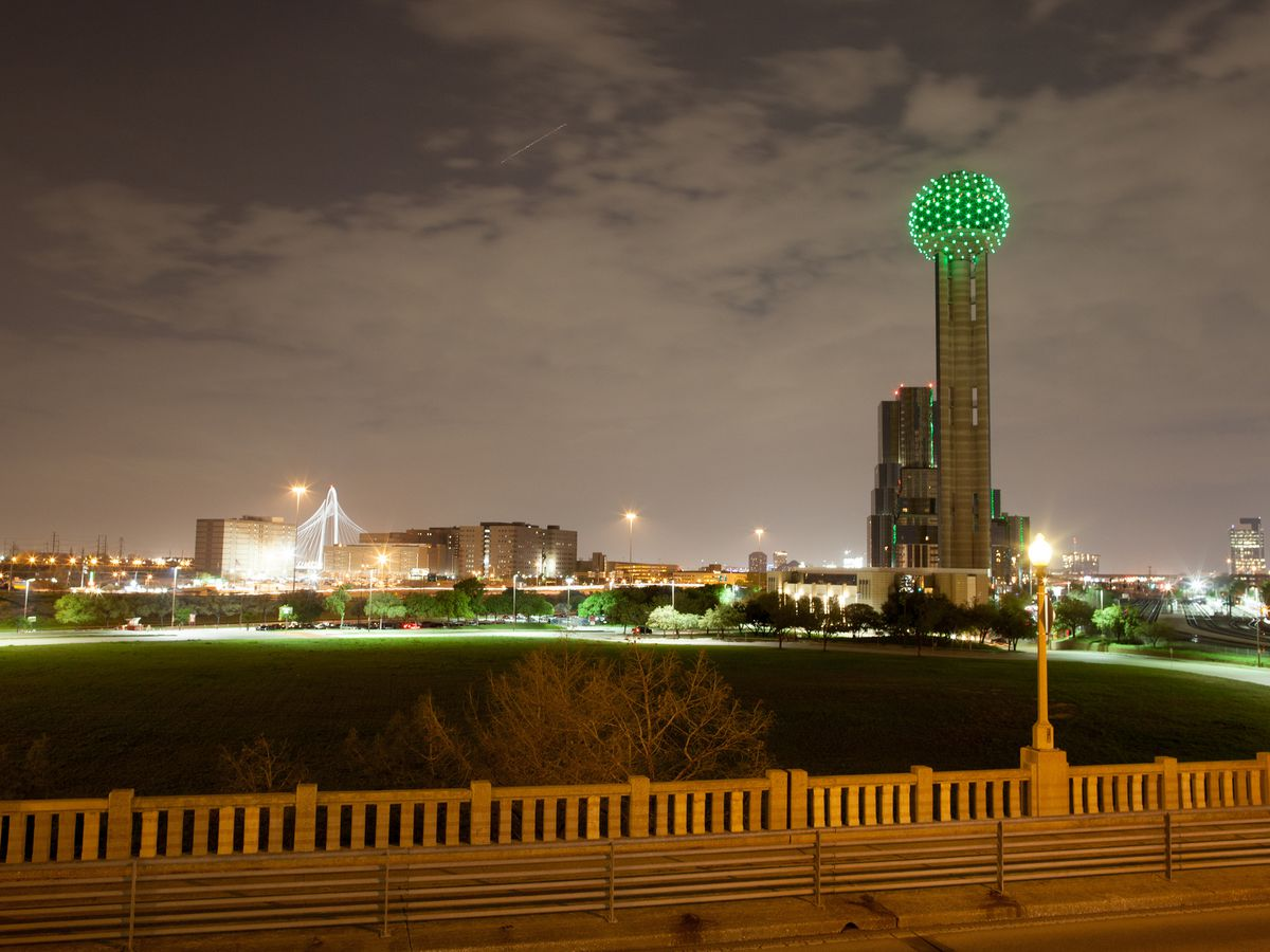 Green lights on Reunion Tower mean that it's time to party.
