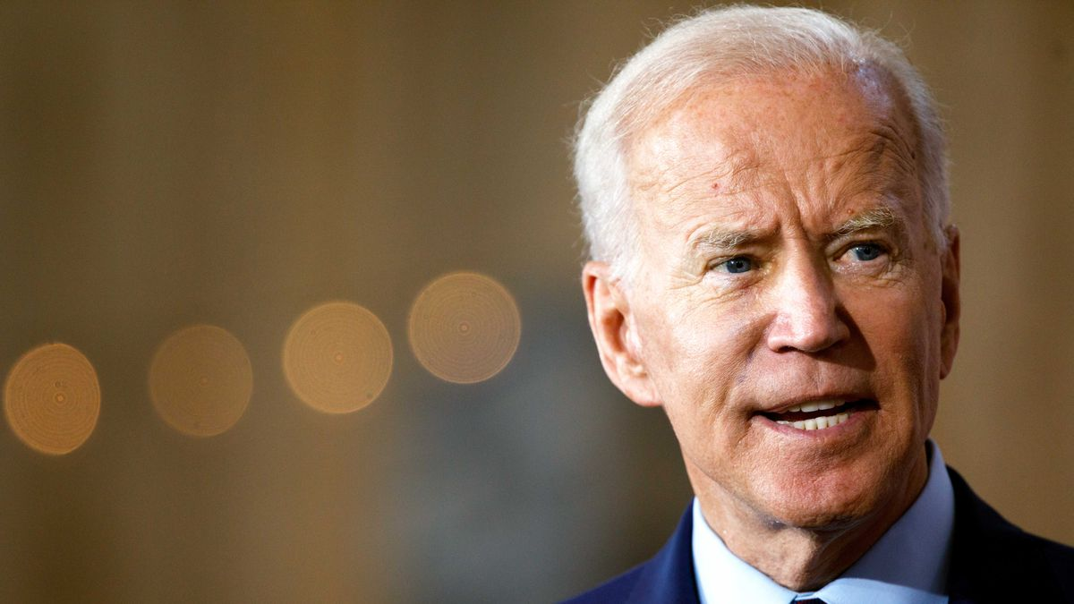 Who Is Joe Biden His 2020 Presidential Campaign And Policy Positions Explained Vox His 2008 presidential campaign never gained momentum, but democratic nominee barack obama selected him as his running mate. who is joe biden his 2020 presidential