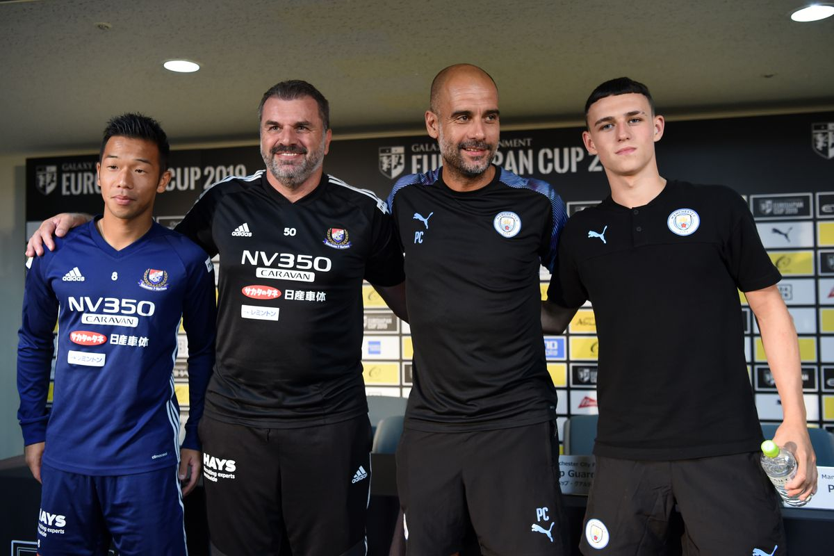 Manchester City Press Conference & Training Session