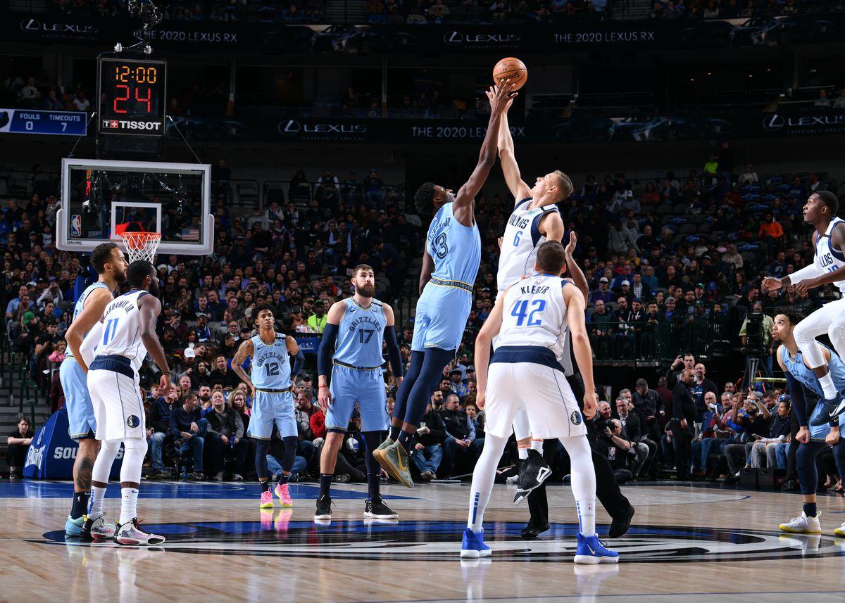 Memphis Grizzlies v Dallas Mavericks