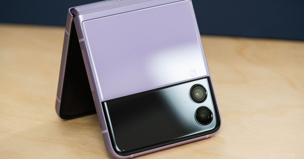 New and existing Google Fi subscribers can get $400 off the new Galaxy Z Flip 3