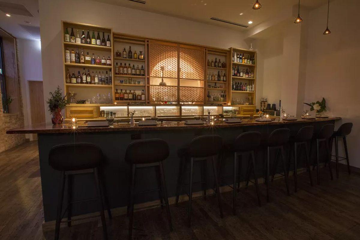 A look at Kumiko's bar.