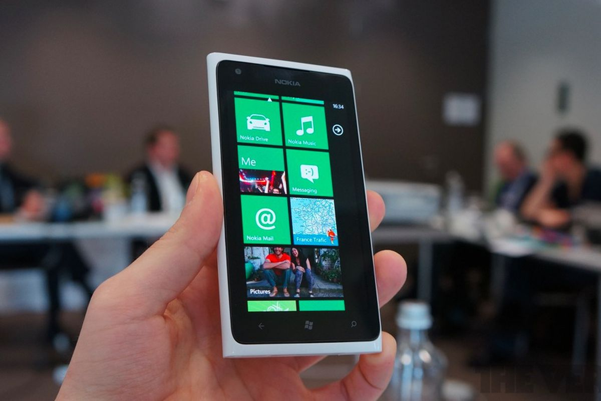 Nokia Lumia 900 launch event in Times Square this Friday