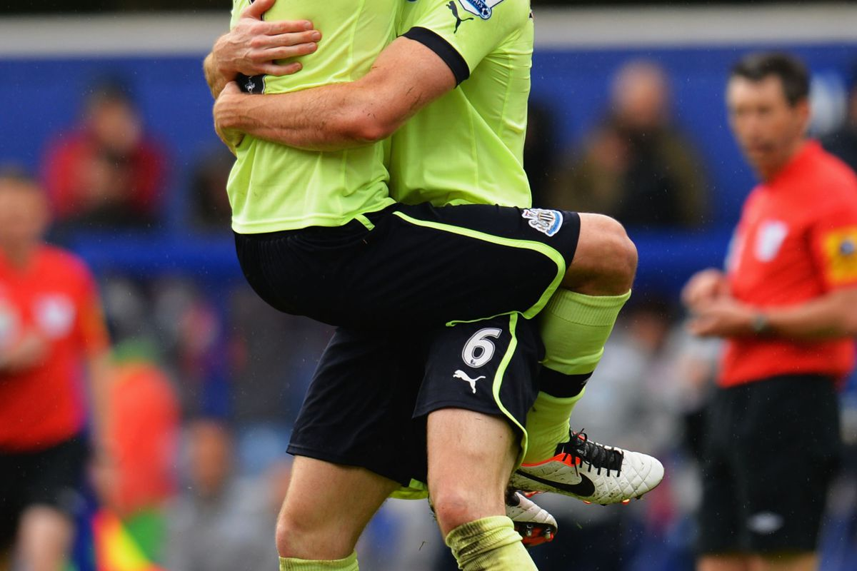 Brothers in arms, Coloccini and Williamson
