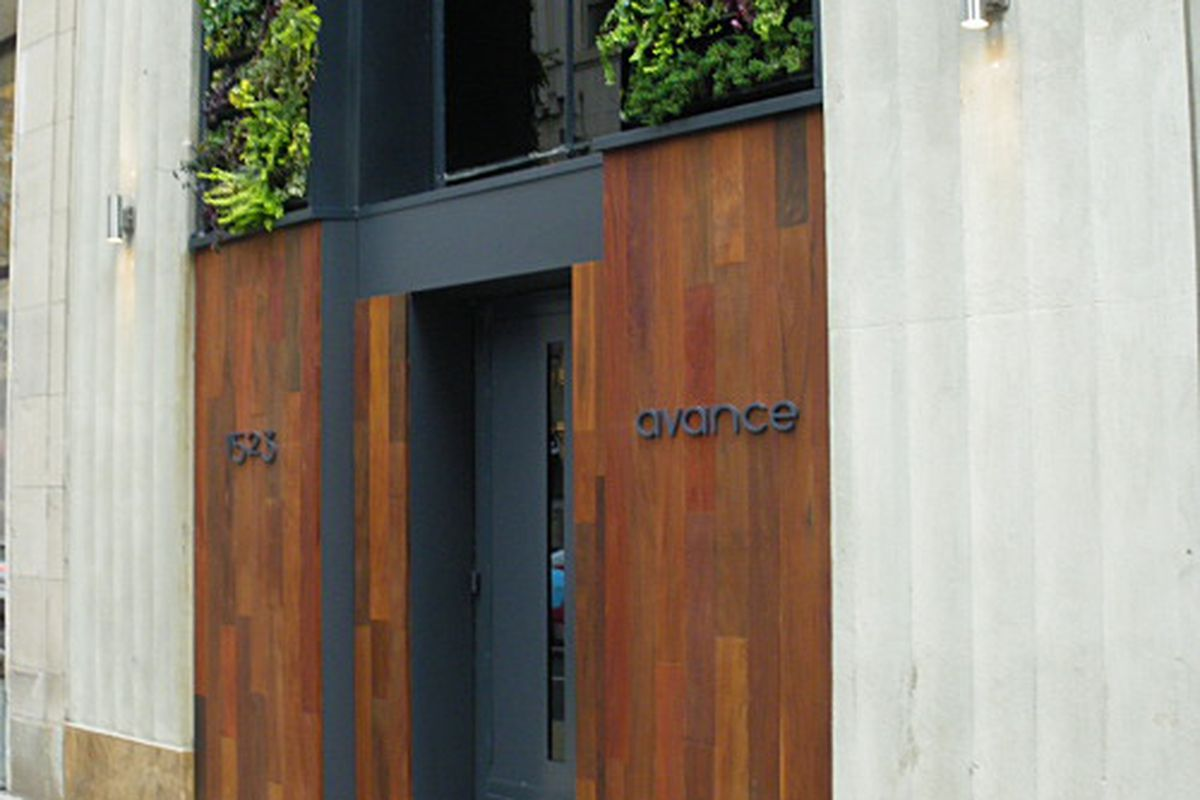 Seems like almost everyone agrees that the bar at Avance is a must-hit burger destination.