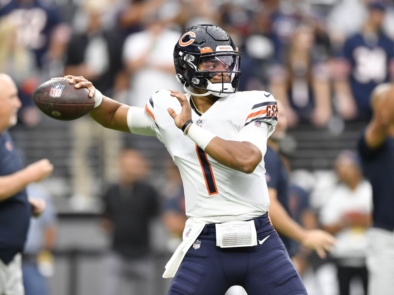 Justin Fields completed 12-of-20 passes for 11 yards, one touchdown and no interceptions for a 91.9 passer rating against the Raiders on Sunday.