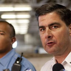 Lt. Paul Bauer, right and officer Jason Ayala in 2011. | Sun-Times file photo