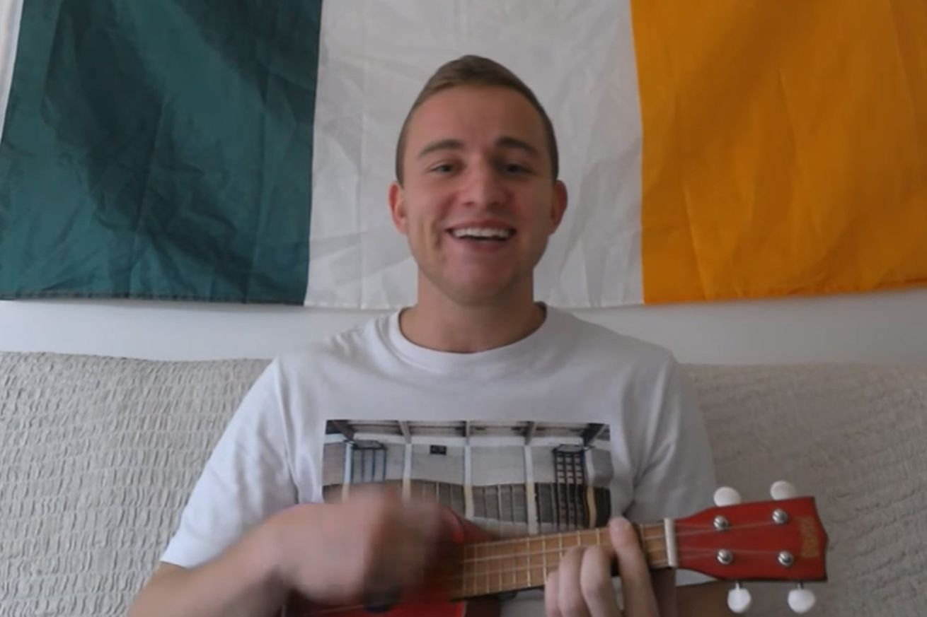 This guy and his ukulele may convince you that Conor McGregor can beat Floyd Mayweather