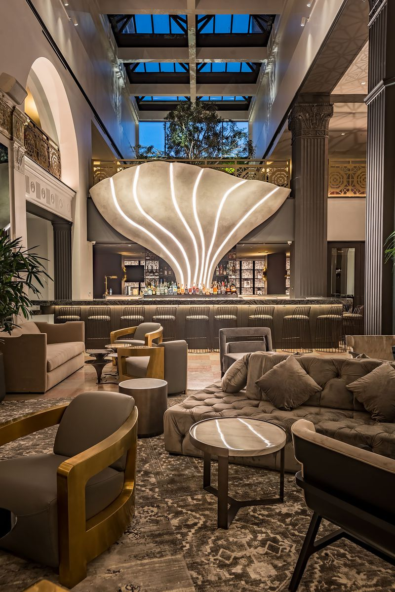 Mayfair Hotel lobby bar