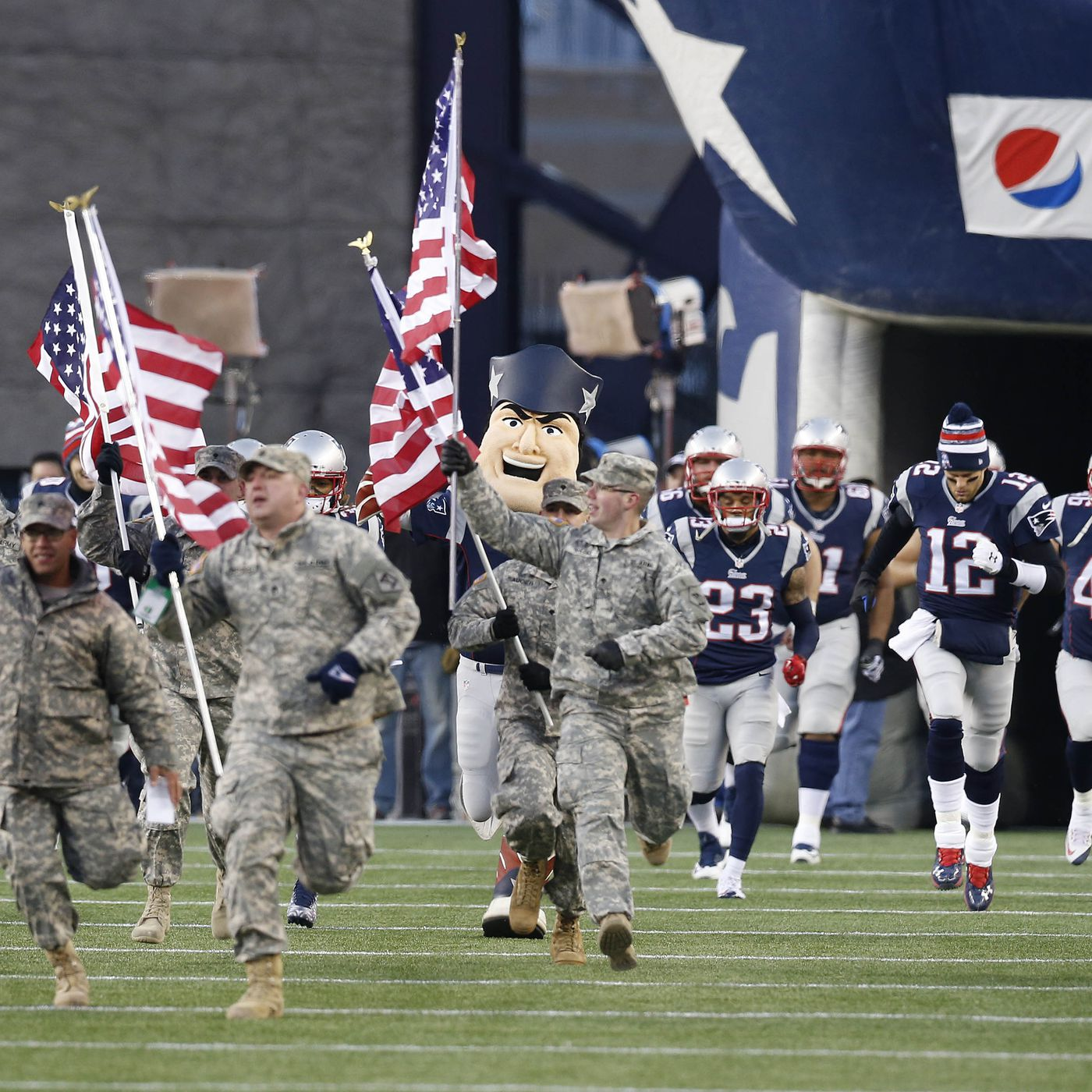 more photos b7d11 0e469 The price of supporting the troops is paid to the NFL ...