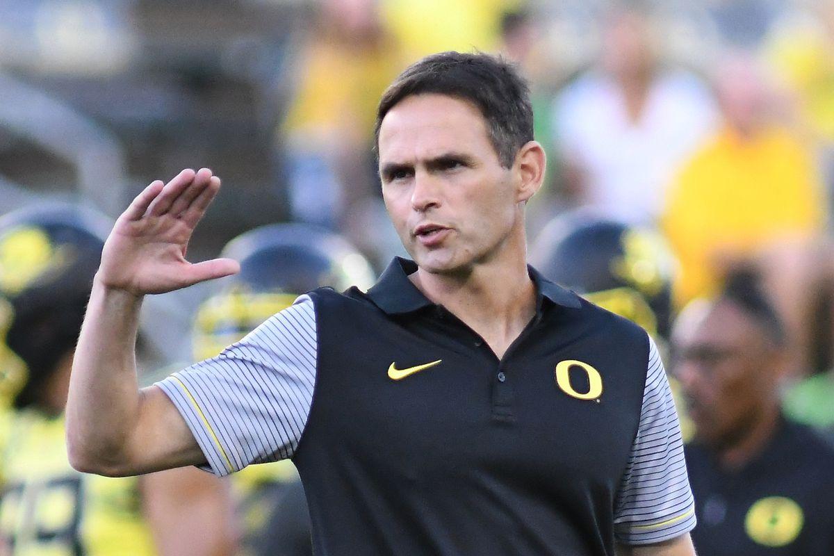 NCAA FOOTBALL: SEP 10 Virginia at Oregon
