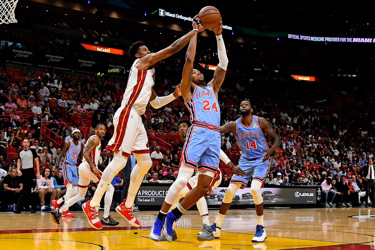 Late push denied as Hawks fall to Heat 943665793