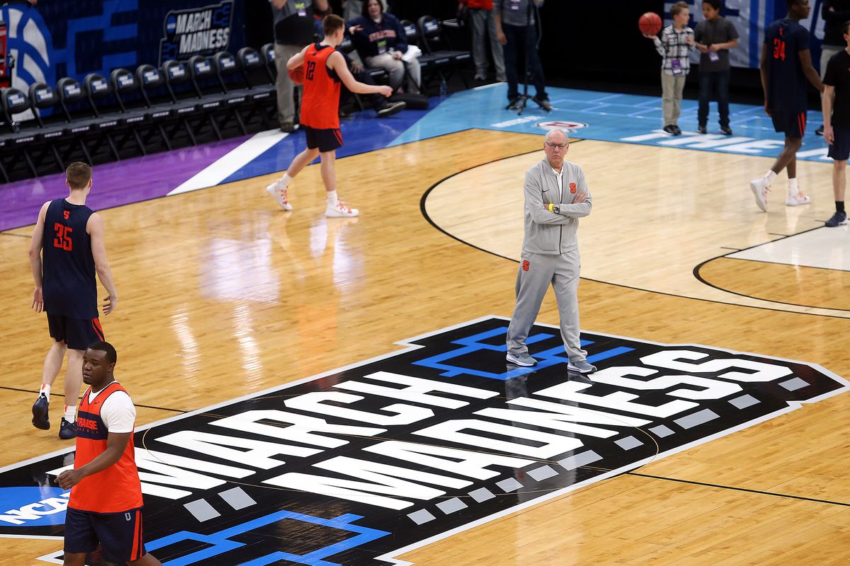 Syracuse Orange head coach Jim Boeheim watches his team from midcourt as Syracuse practices at Vivint Smart Home Arena in Salt Lake City on Wednesday, March 20, 2019 in preparation for the NCAA March Madness game with Baylor.