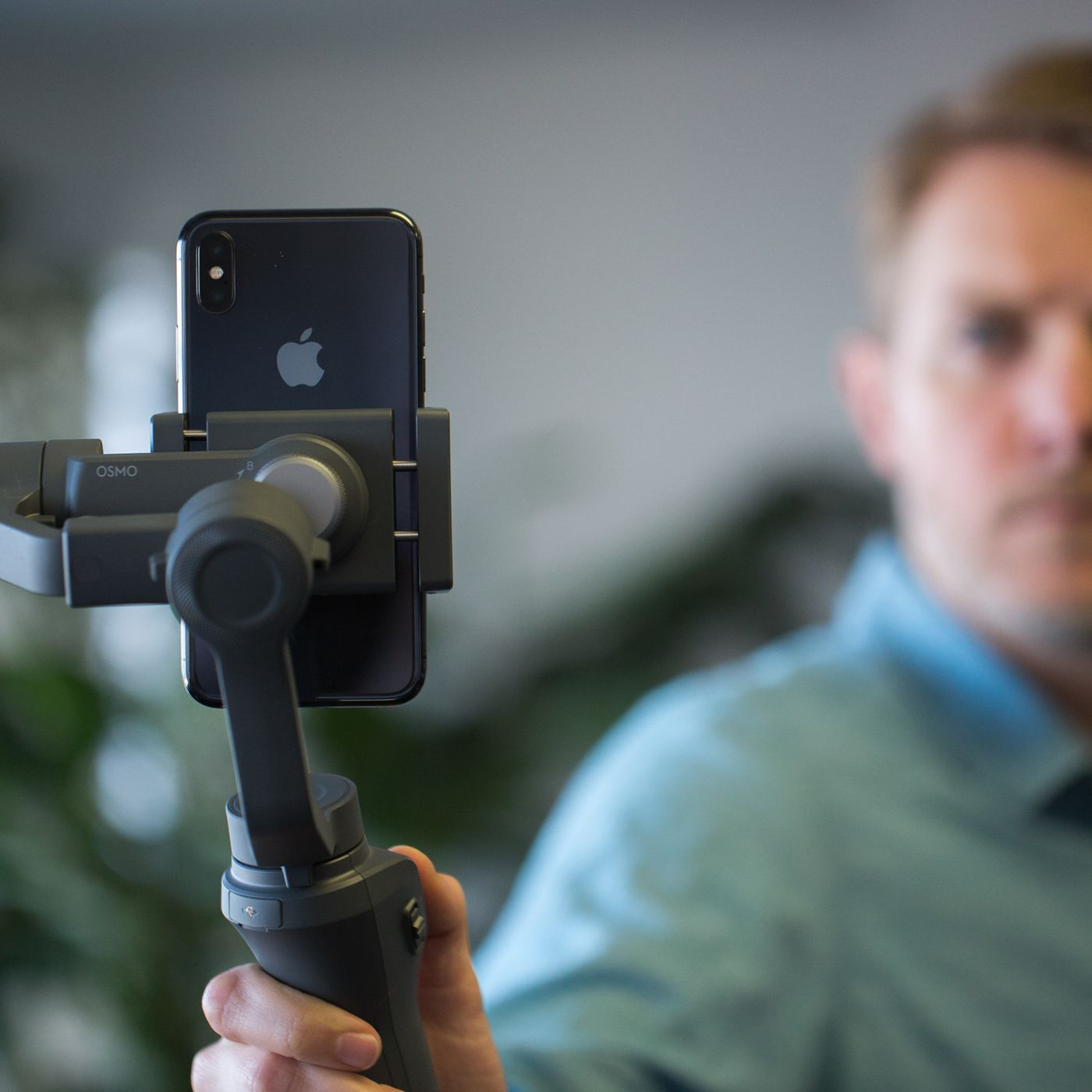 Checking out the new $129 95 DJI Osmo Mobile 2 phone