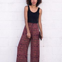 """Grasie of <a href=""""http://www.grasiemercedes.com""""target=""""_blank"""">Style Me Grasie</a> is wearing an Express tank, Urban Outfitters pants, <a href=""""http://www.urbanoutfitters.com/urban/catalog/productdetail.jsp?id=31157126&parentid=W_BOTTOMS&color=069&cm_mm"""