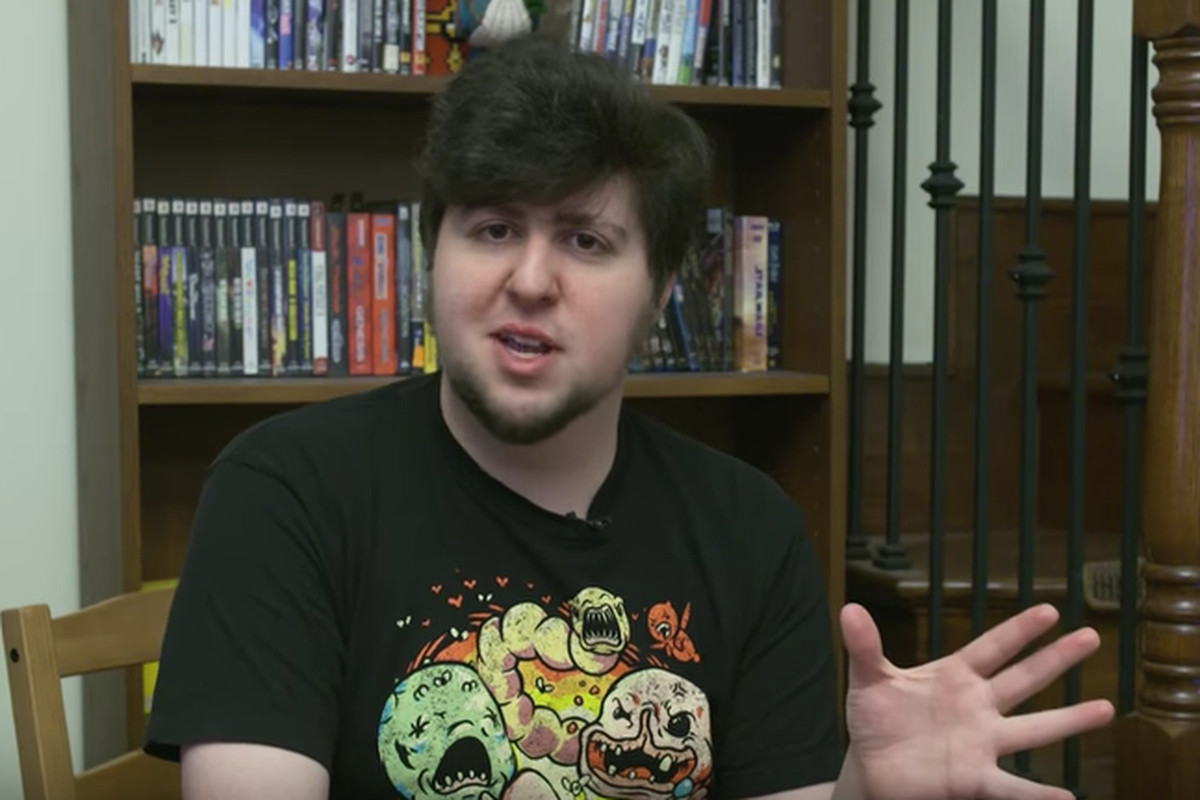 youtuber jontron reveals anti immigrant views loses subscribers