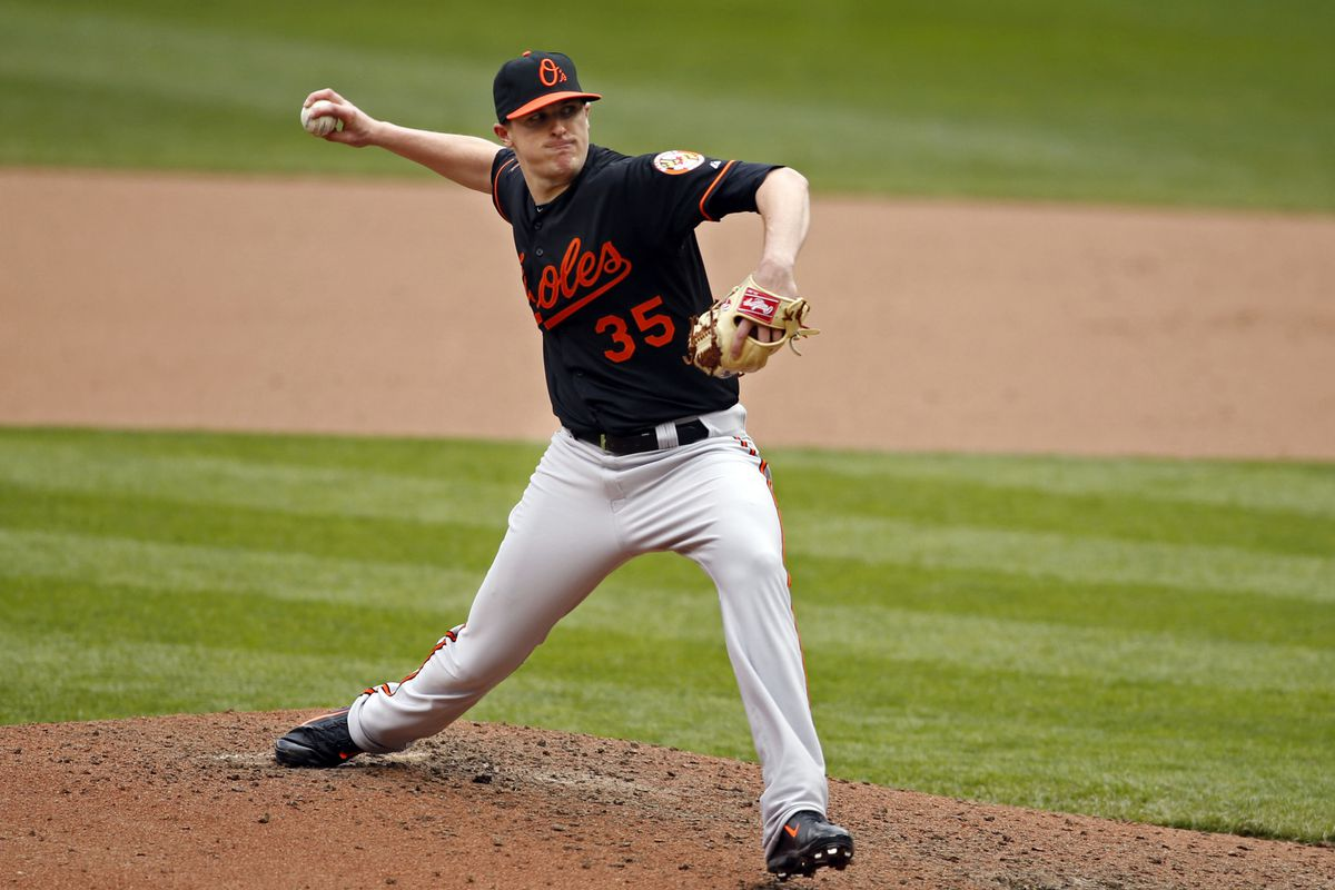 Brad Brach reminded exactly no one of #35 Mike Mussina yesterday.