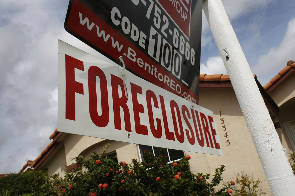 A foreclosure sign in Miami, early 2008.