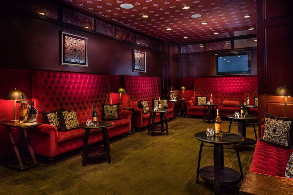 Intercontinental Hotel Boston Opens High End Scotch Lounge