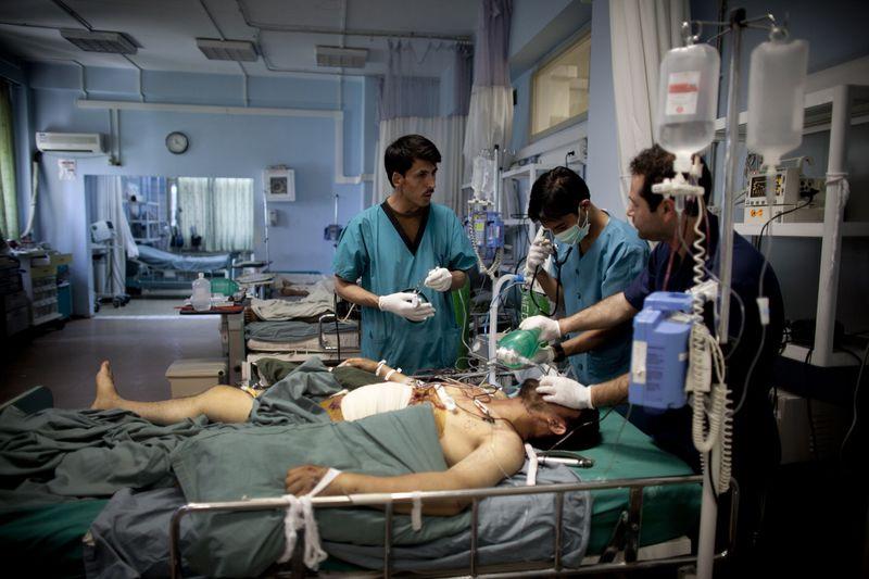 American Medics Train Afghan Nursing Students In Kabul, Afghanistan