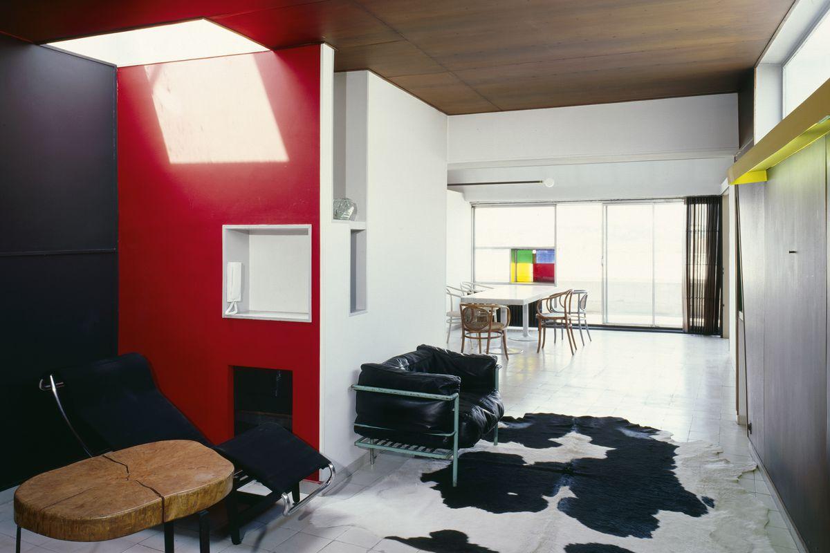 Visit le corbusiers paris apartment and studio curbed
