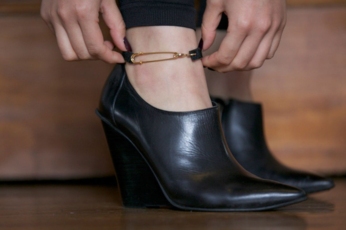 """Metonym Ponyhair Pin Anklet, <a href=""""http://www.mtnymy.com/product/pony-pin-anklet"""">$42</a>"""