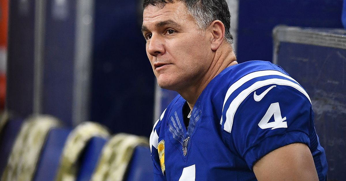 Colts News: Adam Vinatieri to miss first game in a decade, but should he have been playing at all?