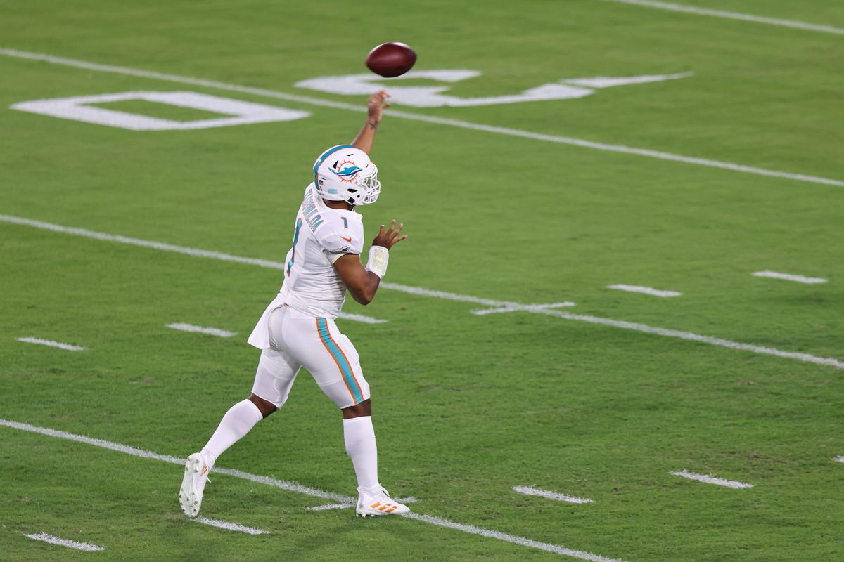 Dolphins Vs Jets Tua Tagovailoa Makes Nfl Debut In Miami S Blowout Draftkings Nation