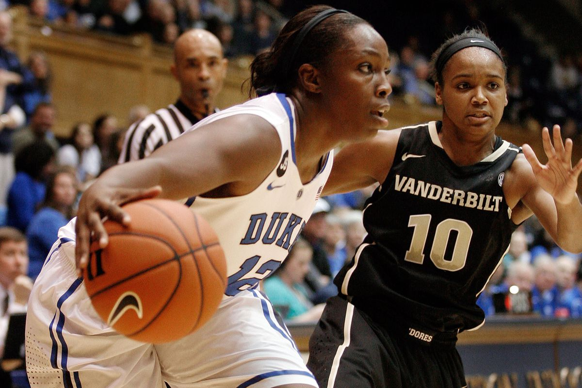 Chelsea Gray won ACC Player of the Week after coming close to two triple-doubles this past week.