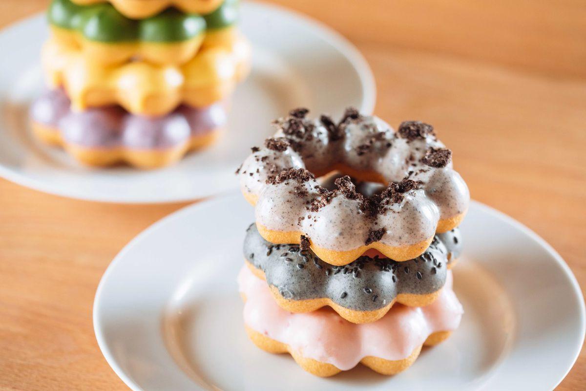 Matcha-Dipped Mochi Doughnuts Await at Richardson's Newest