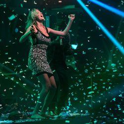 Kate Upton dancing