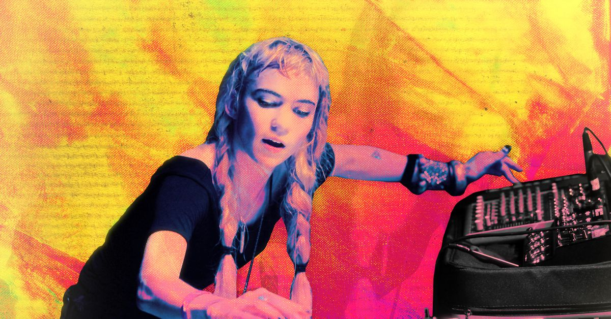 How Grimes Rose From Tumblr Icon to Pop Music's Thanos